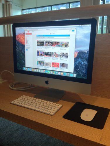 共用スペースにあるMac。