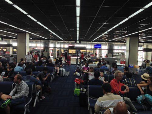 ドンムアン空港の搭乗待合場-搭乗記-エアアジア-タイ・バンコクからラオス・ビエンチャン-直行便