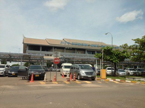 ワットタイ国際空港の外観-搭乗記-エアアジア-タイ・バンコクからラオス・ビエンチャン-直行便